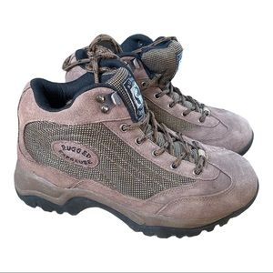 Rugged exposure hiking boots size 8.5 VGUC